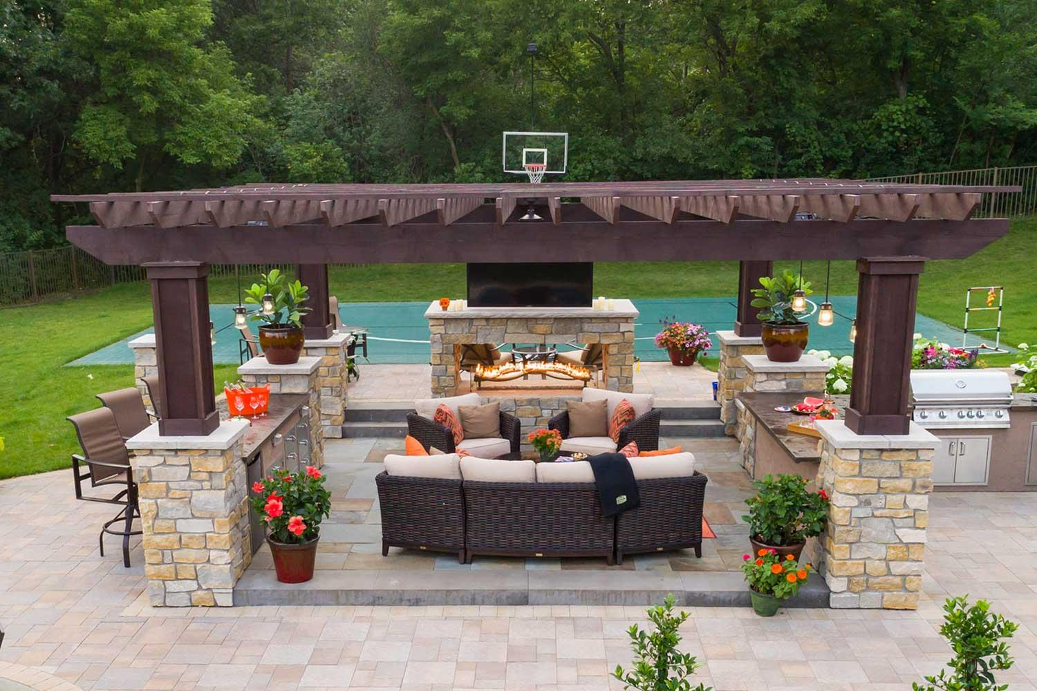 outdoor living room with pergola
