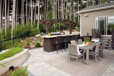 Paver patio with wood inlay pattern