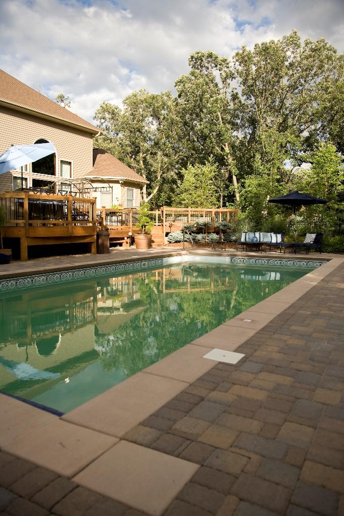 Minnesota backyard landscape design southview design for Pool design mn