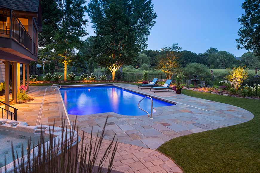 Backyard Swimming Pool Landscape with Bluestone and Concrete Paver Inlay