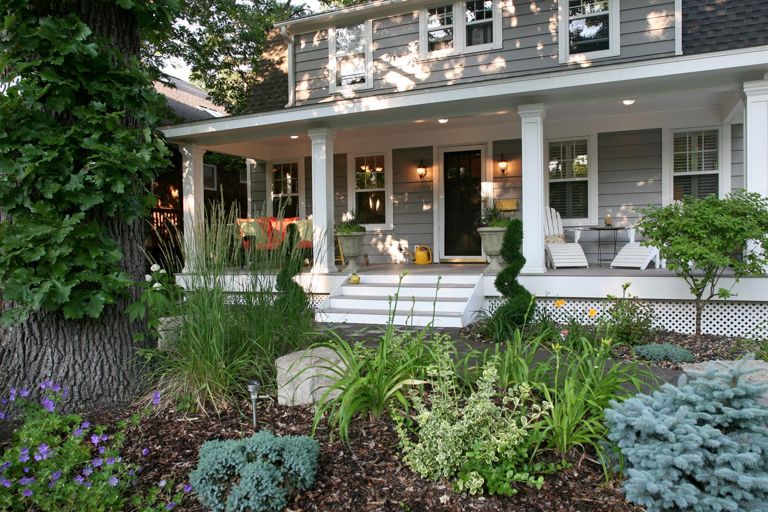 Garden and Front Yard Landscaping in Minneapolis Mn