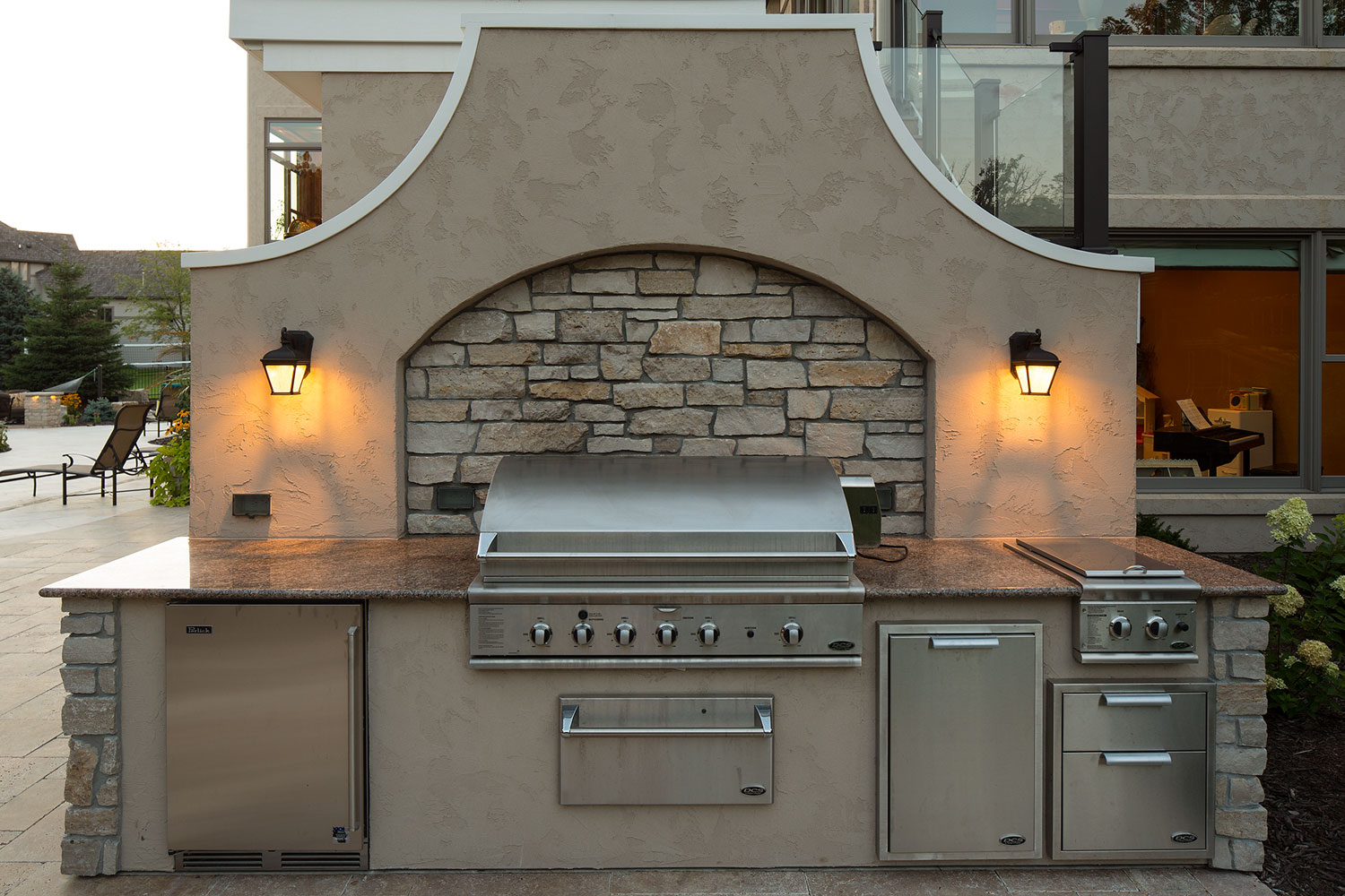Outdoor Grill with Stone and Stucco in Minnesota