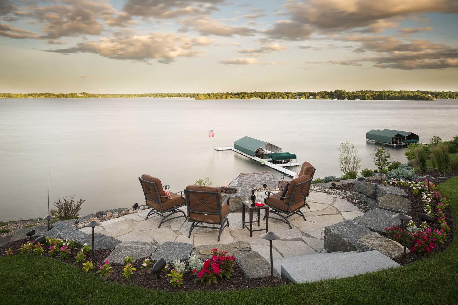 Lake Minnetonka fire pit and patio in Wayzata, mn