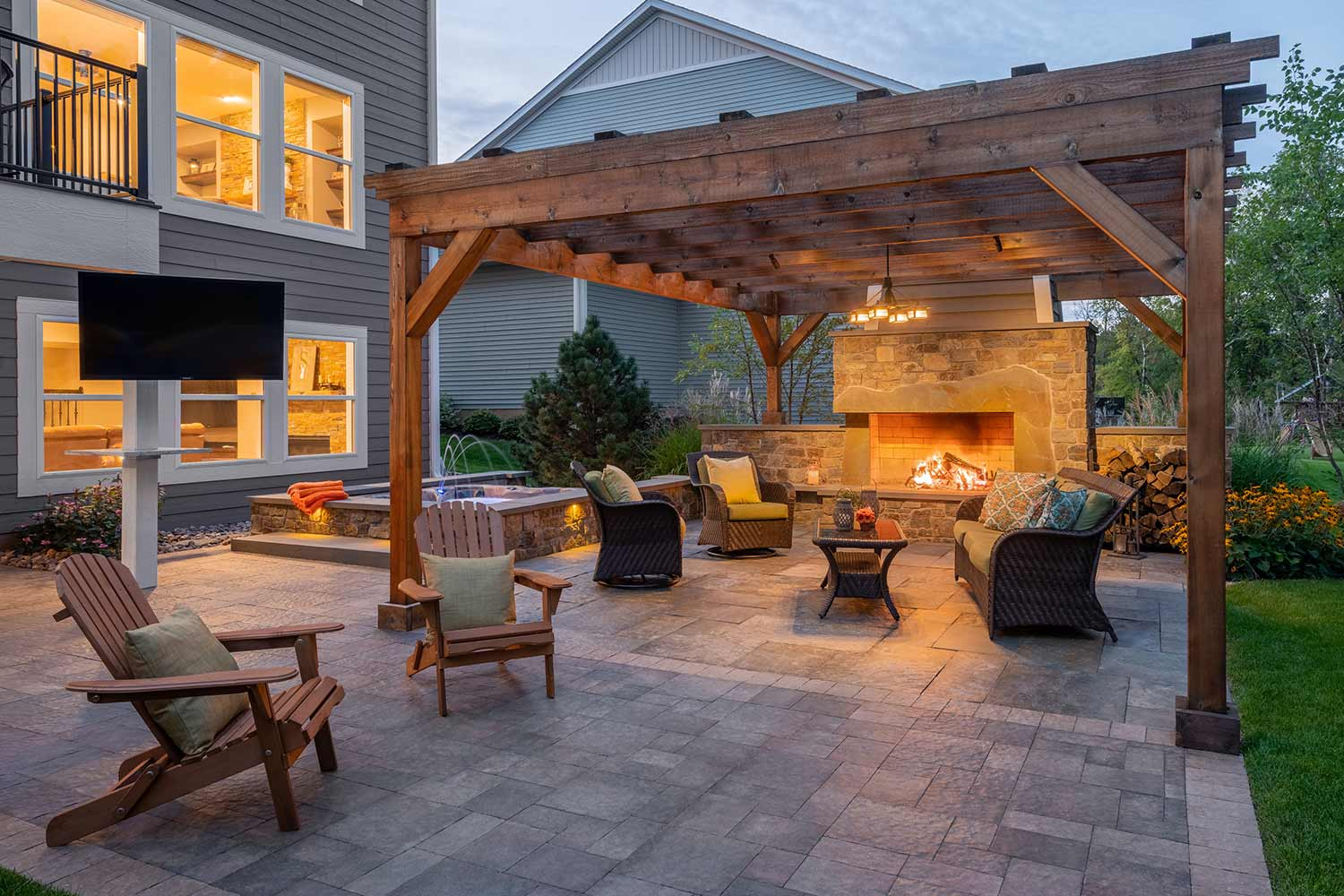 mountain cabin style backyard patio