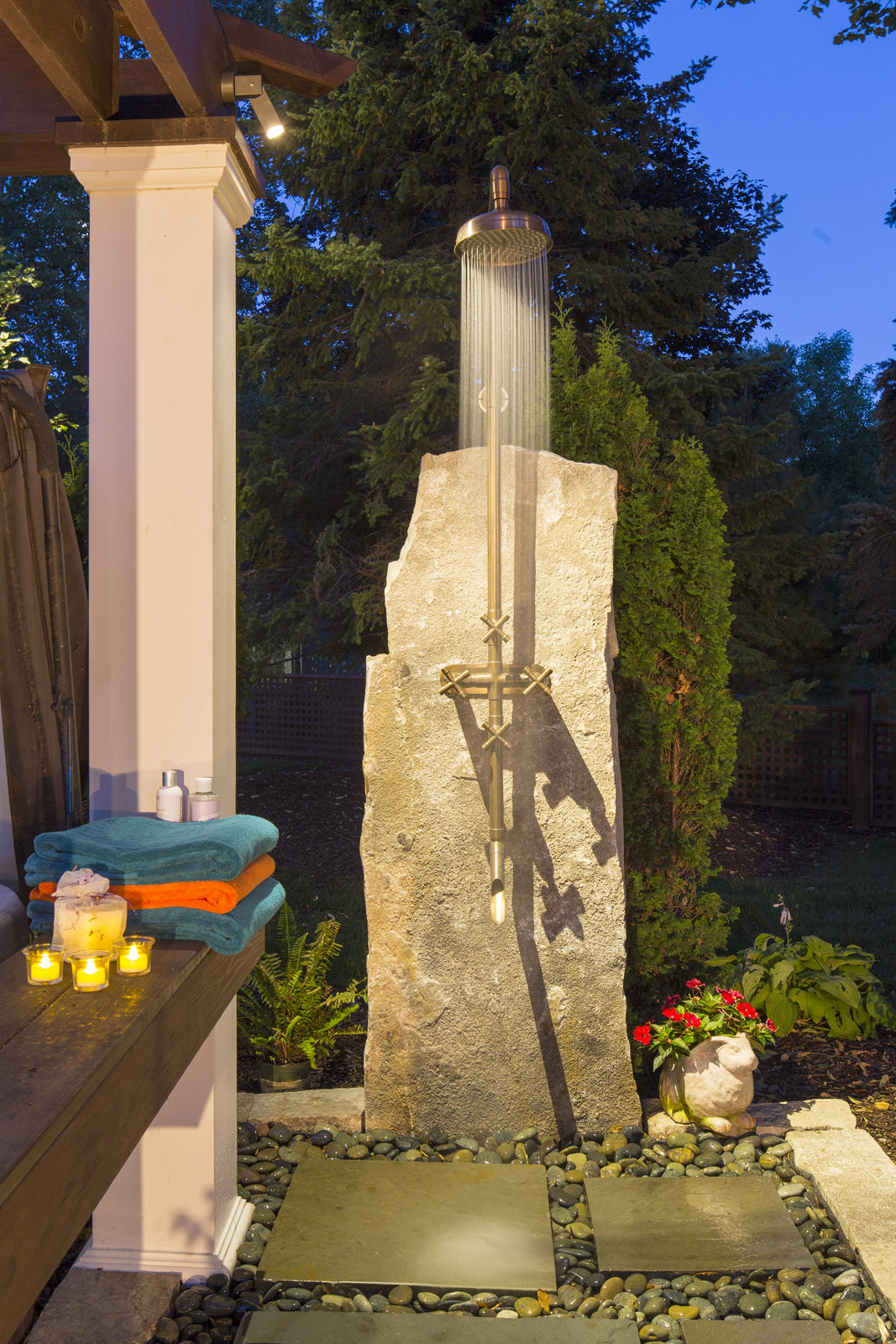 Fond Du Lac Outcropping becomes an Outdoor Shower