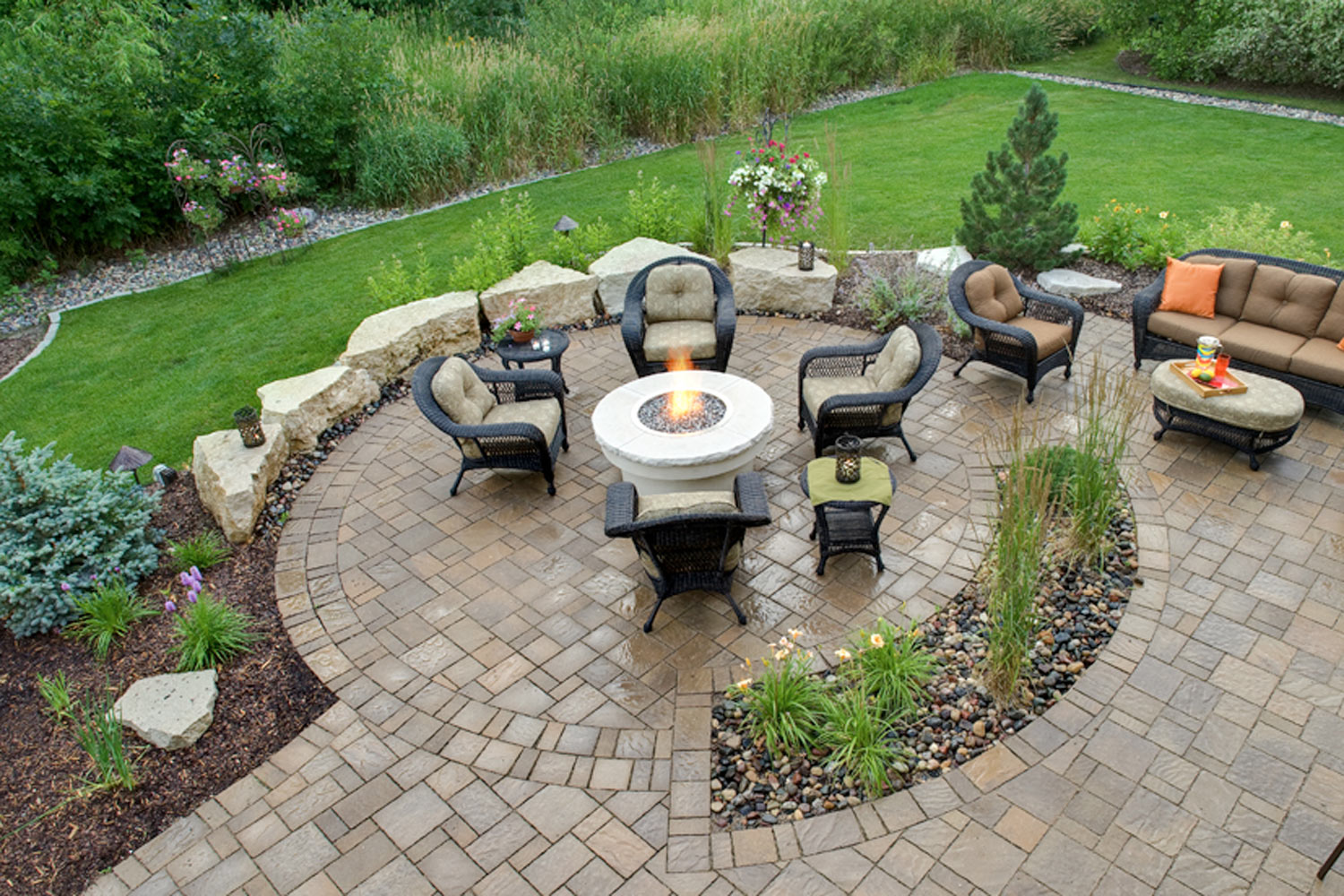 Seat Walls From Stone Or Modular Blocks In Minnesota Landscapes